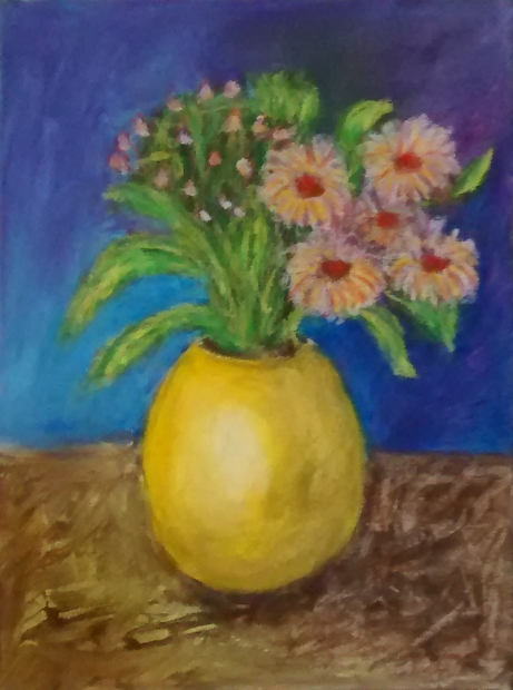 Jarrón amarillo con flores