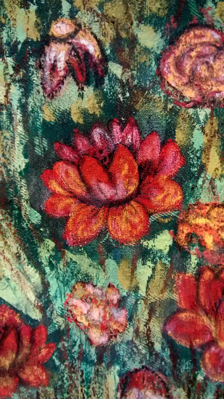 Jarron con flores rojas Detalle 2