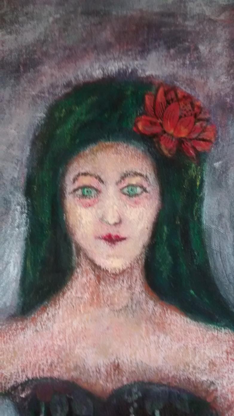 Mujer con vestido de flores Detalle 1